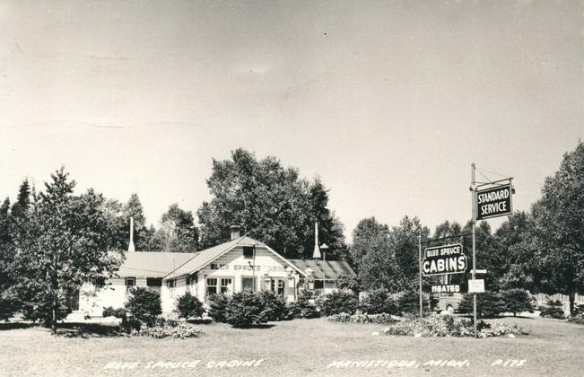 BLUE SPRUCE CABINS—MANISTIQUE MICHIGAN RPPC VINTAGE GAS SERVICE STATION PHOTO