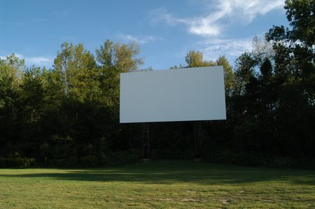 Hi-Way Drive-In Theatre - SCREEN AND FIELD